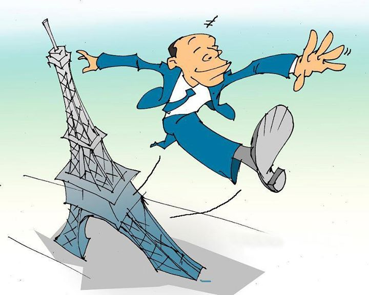 An #Optimistic!  Optimist: A person who while falling from Eiffel tower says in midway