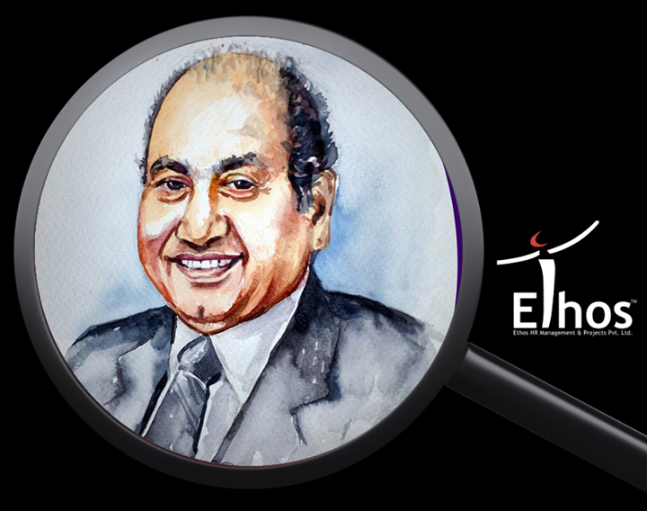 Lesser-known facts about the legendary singer #MohammedRafi on his death anniversary :   > Rafi started singing by imitating chants of a fakir in his village.  > Rafi's family owned a men's salon in Lahore's Noor Mohalla.  > Rafi's first public performance came at the age of 13, when he was allowed to sing at a concert featuring the legendary K. L. Saigal  > In 1948, Rafi sang Sun Suno Aye Duniya Walon Bapuji Ki Amar Kahani, written by Rajendra Krishan, which became a huge hit. He was invited by the Indian Prime Minister, Jawaharlal Nehru, to sing at the latter's house.